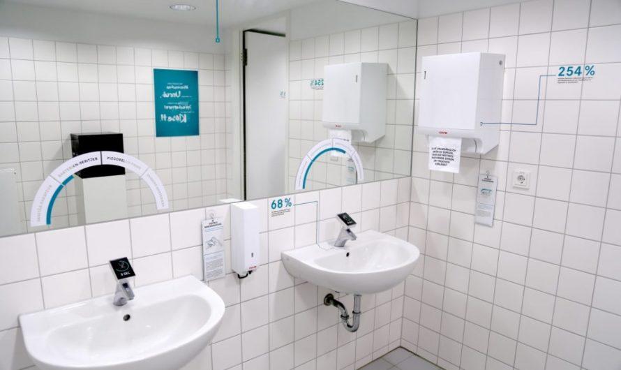 WC Knigge – Über den Umgang in öffentlichen Sanitäranlagen